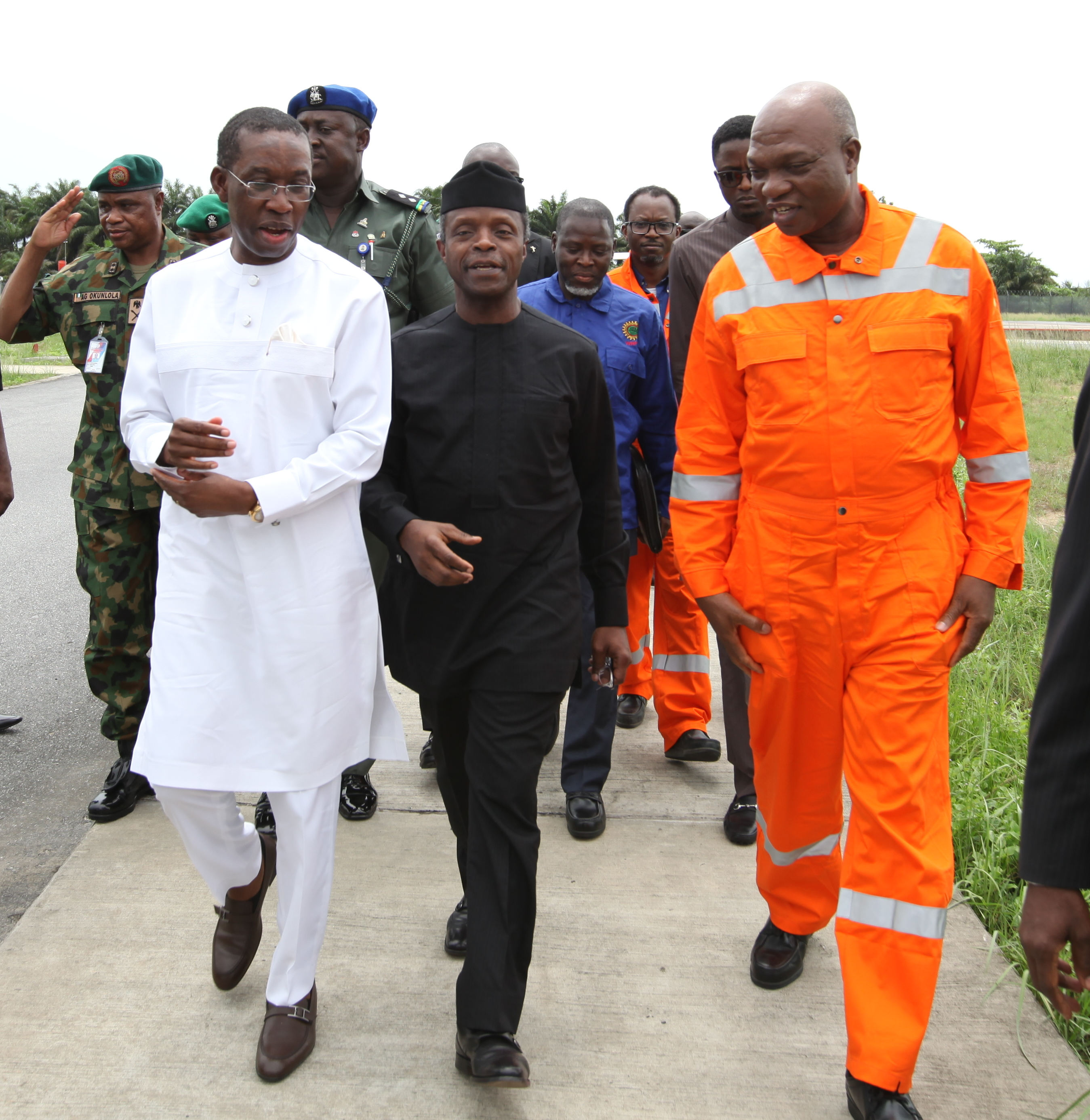 VP Osinbajo Visits Shell Forcados Terminal, Warri Delta State On 15/04/2016