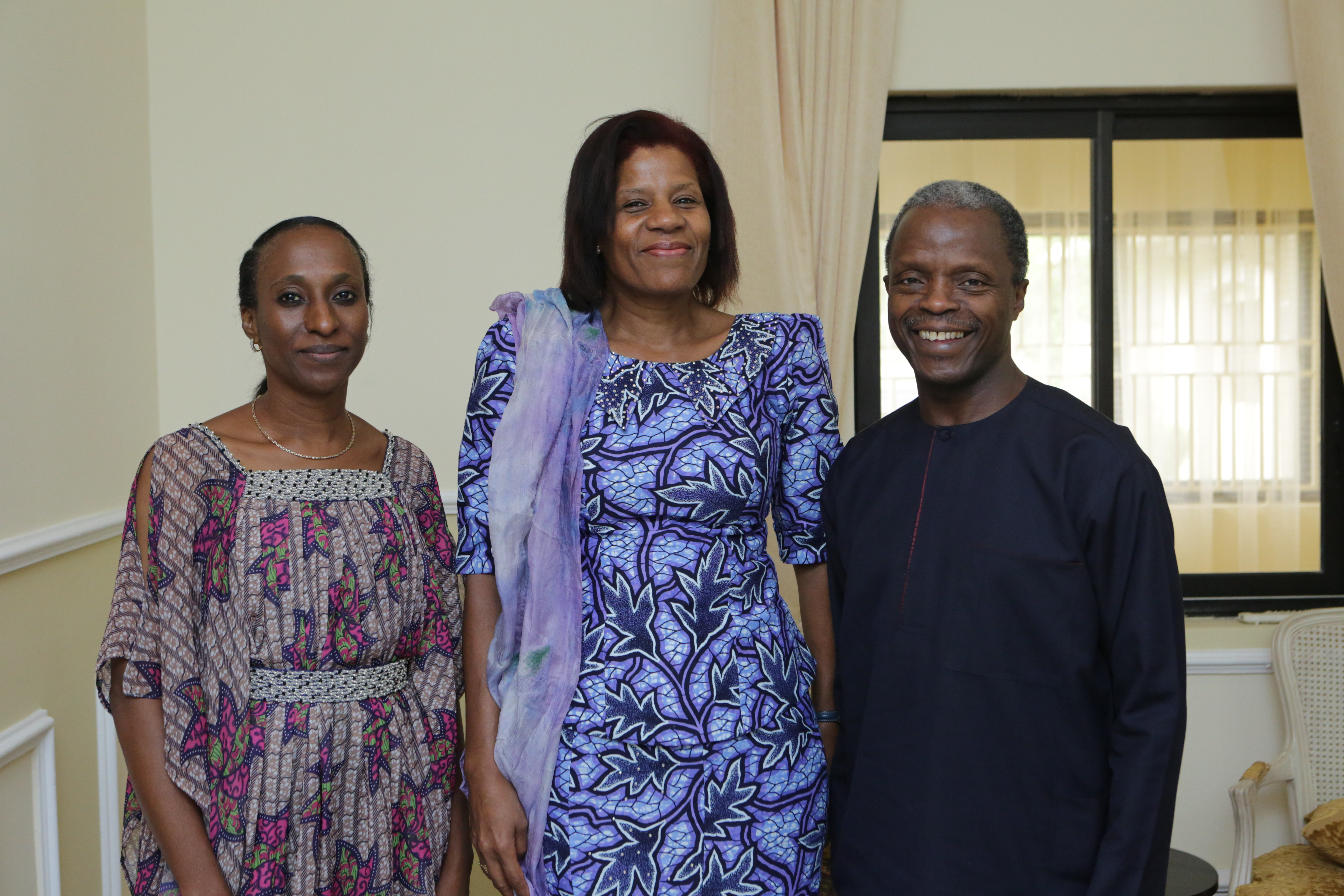 VP Osinbajo Meets With World Bank Representatives In His Home On 27/06/2015