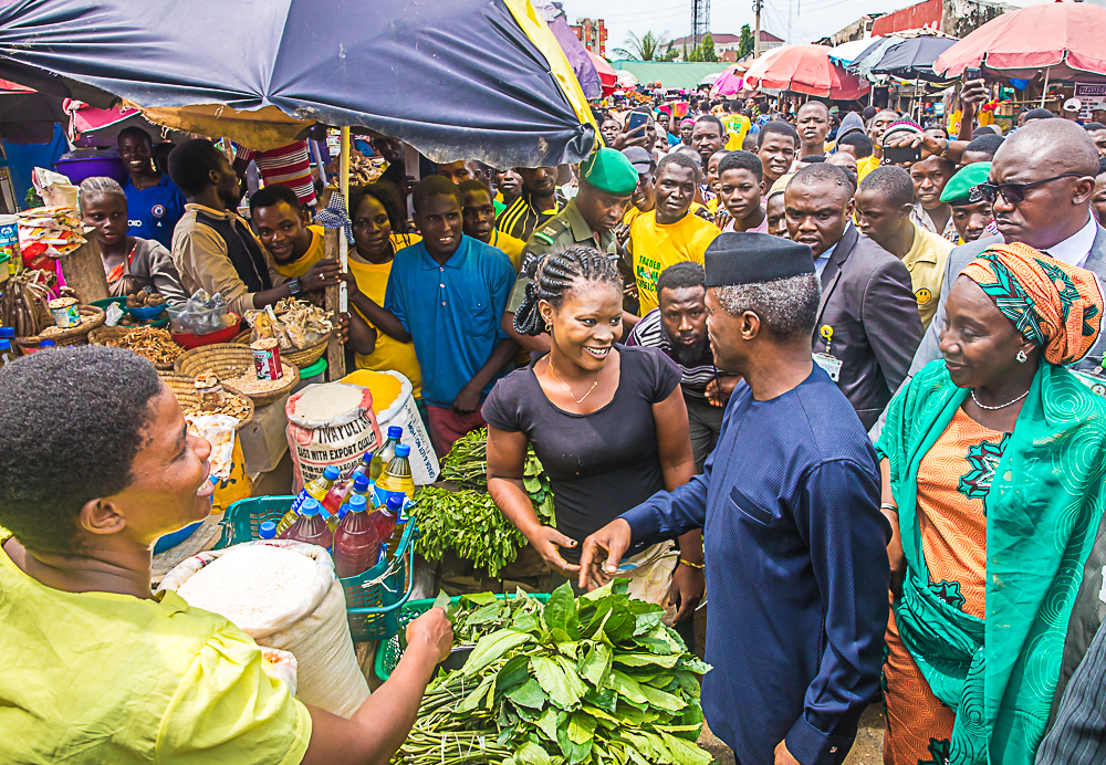 VP Osinbajo In Utako Market, Abuja For Launch Of FG's Trader Moni Scheme