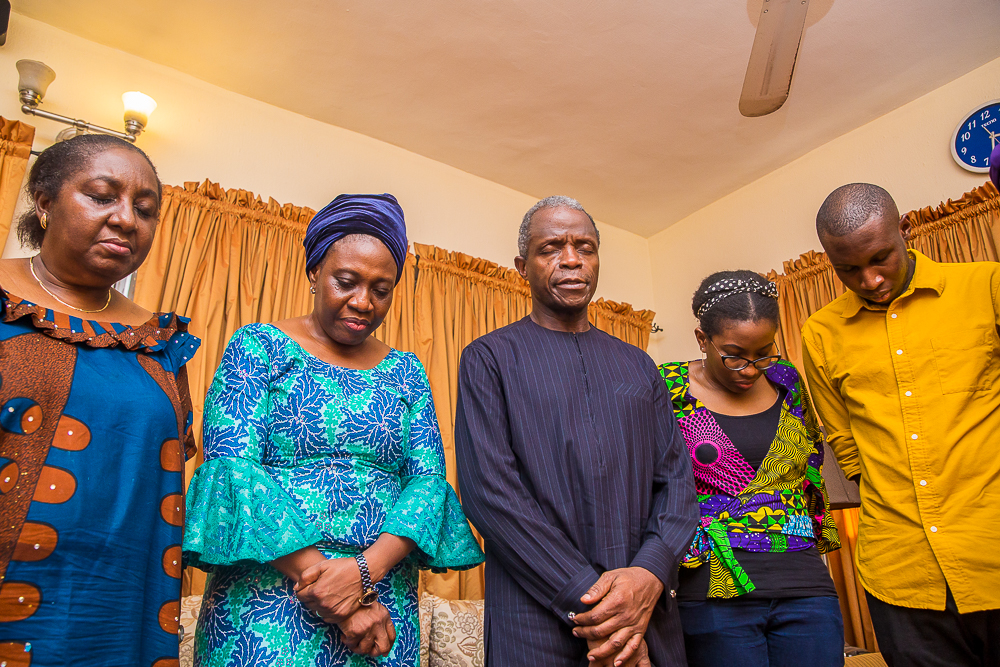 VP Osinbajo Pays Condolence Visits To Families Of Late Alhaji Sen. (Dr.) H.A.B Fasinro & Late Pst. Adetokunbo Olorunnimbe In Lagos On 04/04/2019