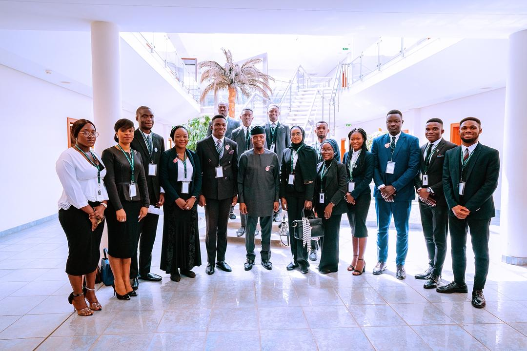 VP Osinbajo Receives The Executives Of The Law Students Association Of Nigeria (LAWSAN) On 14/01/2020
