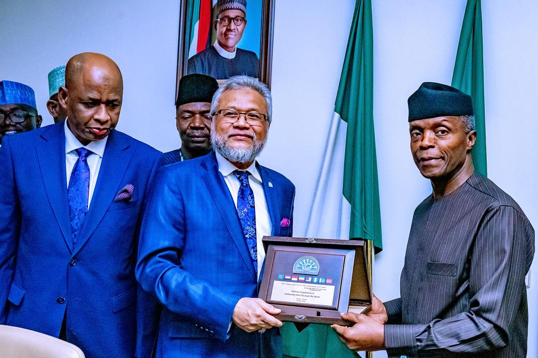 VP Osinbajo Receives The Secretary-General Of D-8 Organisation For Economic Cooperation, Amb. Dato' Ku Jaafar Ku Shaari On 21/01/2020