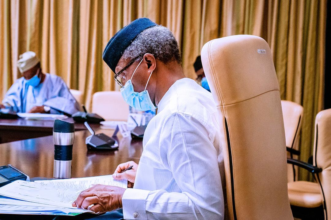 VP Osinbajo Meets With Economic Sustainability Committee To Review Draft Plan Ahead Of Submission To PMB On 11/05/2020