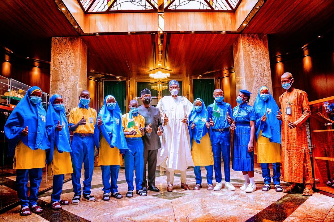 President Buhari & VP Osinbajo Host Students From Northeast Children's Learning Centre In Maiduguri, Borno State On 27/05/2021