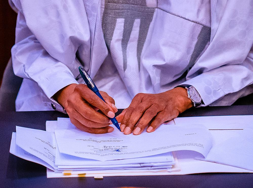 President Buhari Signs 2021 Supplementary Budget Passed By The National Assembly On 26/07/2021